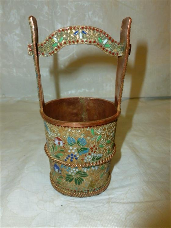 Bronze Chinese vase with enamel decoration