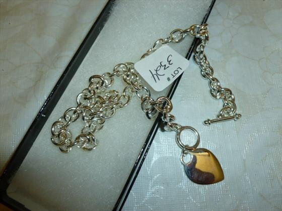 Silverstone heart necklace -16 Inch new in box-