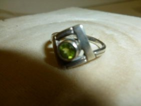Sterling silver ring- with Peridot