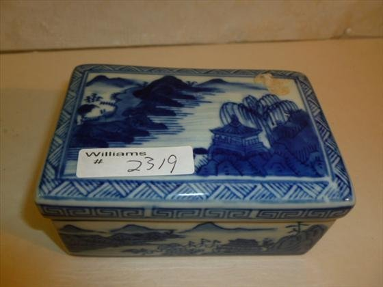 Blue and white oriental style oblong covered box
