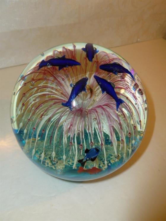 Large Murano glass round paperweight