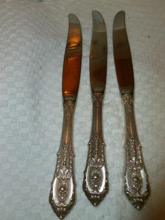 3 piece Wallace Rose Point Sterling knives- total weigh