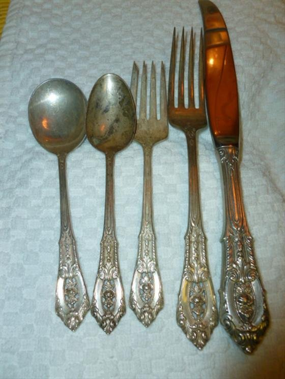 5 piece place setting Wallace Rose Point sterling flatw