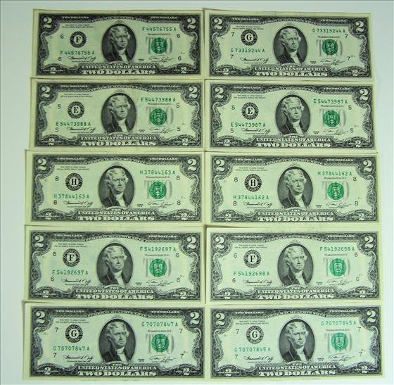 Ten 1976 $2 Green Seal FRN