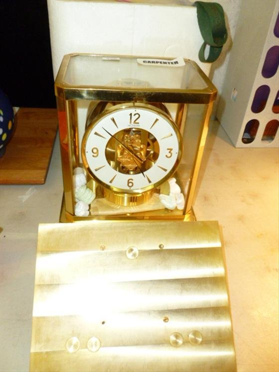 LeCoultre clock 115 jewel-VXN-Atmos- with wall mounting