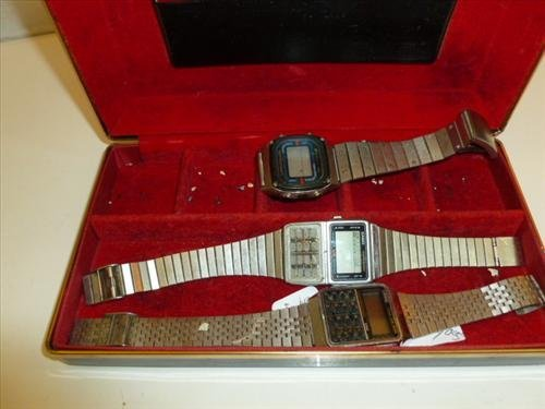 3 Men's calendar watches- Casio-and innovative time