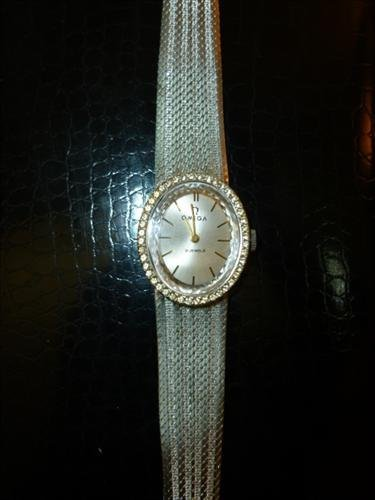 Ladies-Omega 21 jewel watch-mesh style band-marked