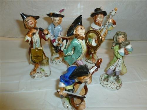 Set 6 porcelain figurines Saxony-Germany 5 point Crown