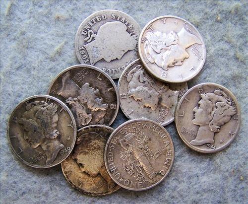 8 Silver Dimes - 7 Mercury & 1 Barber