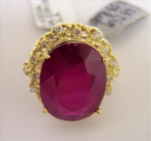 Ladies 14K Diamond Ring -  size 7