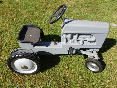 Gray pedal car tractor- Ford- die cast- Ertl- USA