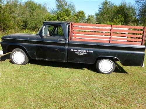 Pick up truck GMC 66  -36700 miles rake back 6 cylinder