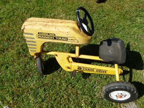 Ranch Teac- Turbo 502 pedal car yellow - chain drive
