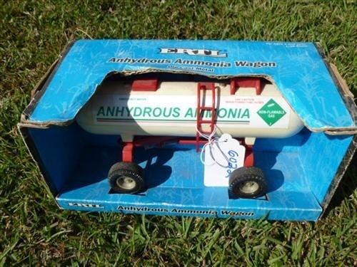 Ertl Anhydrous Ammonia truck in box die cast