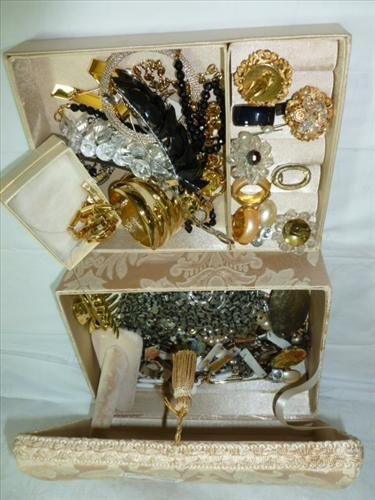 Jewelry box full assorted costume pieces