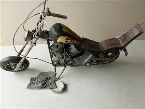 Metal model motorcycle- flame tank-17 long
