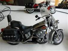 Franklin Mint Harley-Heritage Soft tail-motorcycle