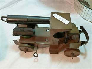 Marx tin wind up toy- USA Army D-105 cannon truck-works