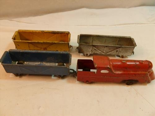 Vintage 4 pc Made in USA- tin toy set- red engine and