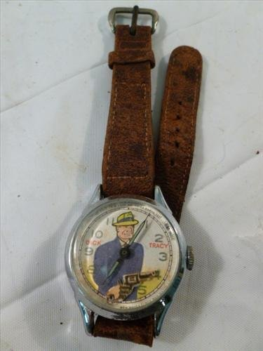 RARE- New Haven Dick Tracy watch- Works- gun moves