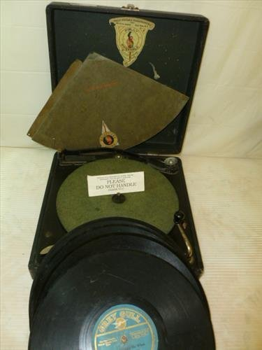 Poly Portable Phonograph-NY- with Oscillator -leather