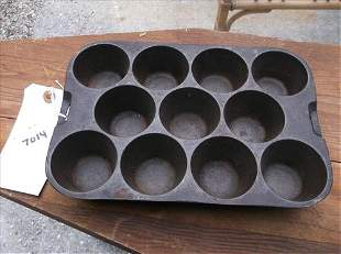 WAGNER WARE CAST IRON MUFFIN PAN S 1337