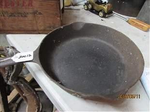 #7 Griswold 701D Fry Pan