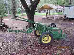 John Deere Plow 612