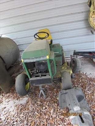 John Deere 212 Lawn More