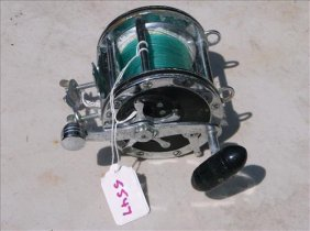 Penn Senator 113 Fishing Reel W/rod Clamp-needs Tlc!