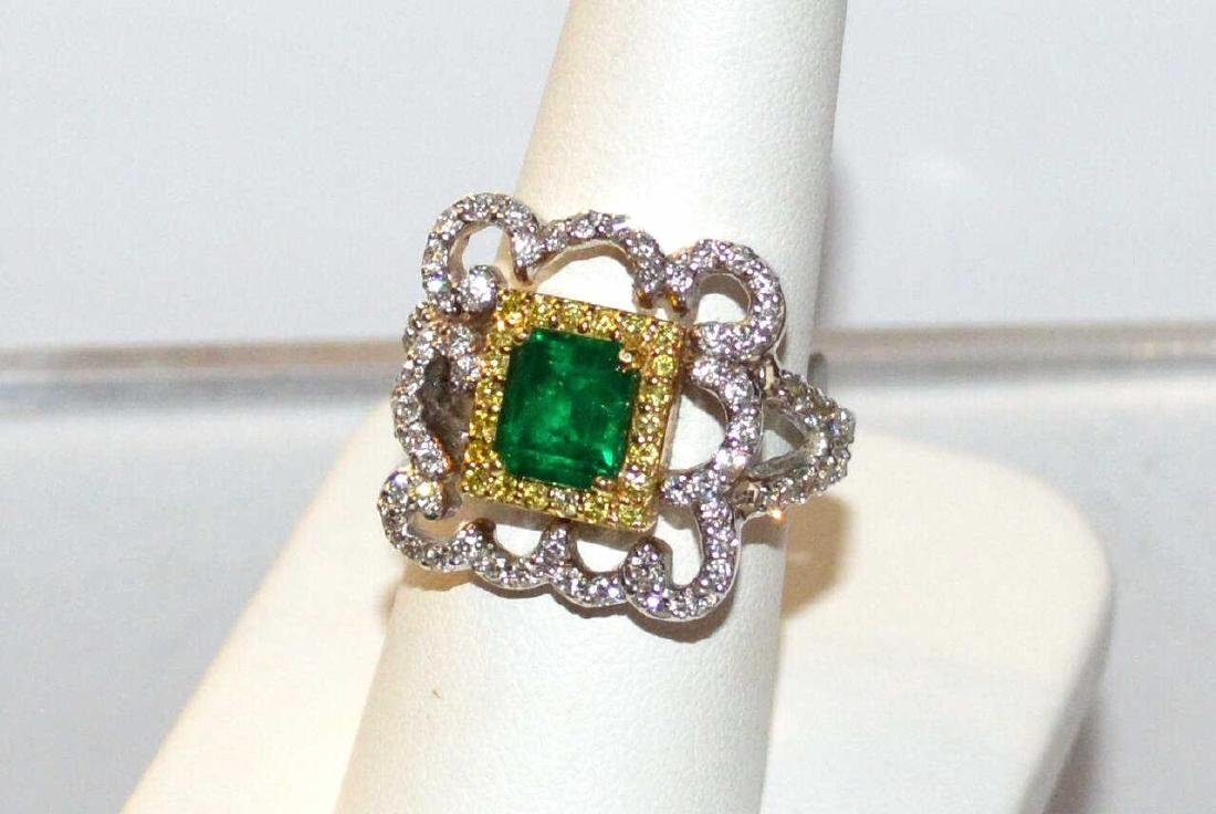 18kt T/T Emerald, yellow and white Diamond Ring