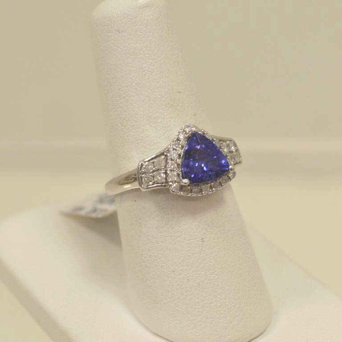 14kt white gold tanzanite and diamond ring - 2