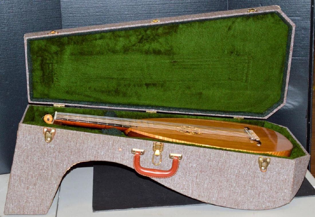 1979 Bela J. Gemza 8-Course Lute #6 of 7 w/Case - 16