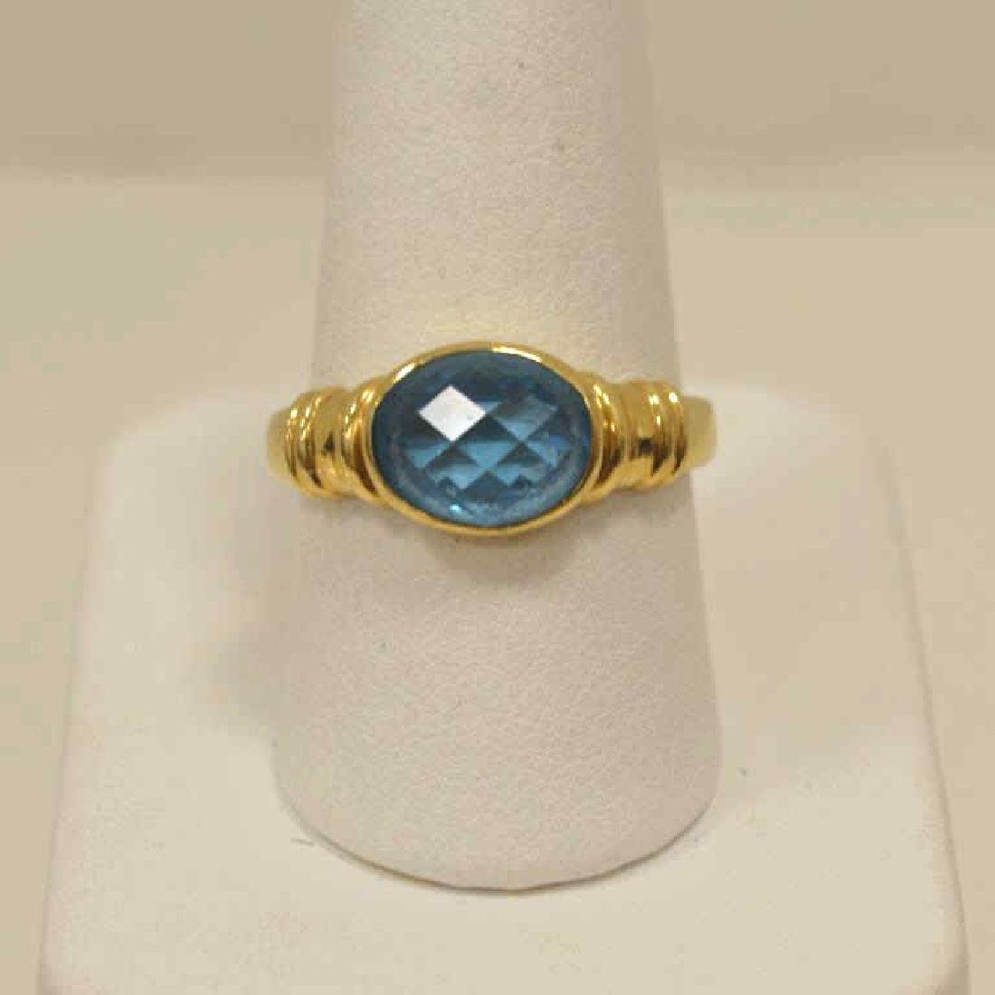 18kt yellow gold blue topaz ring