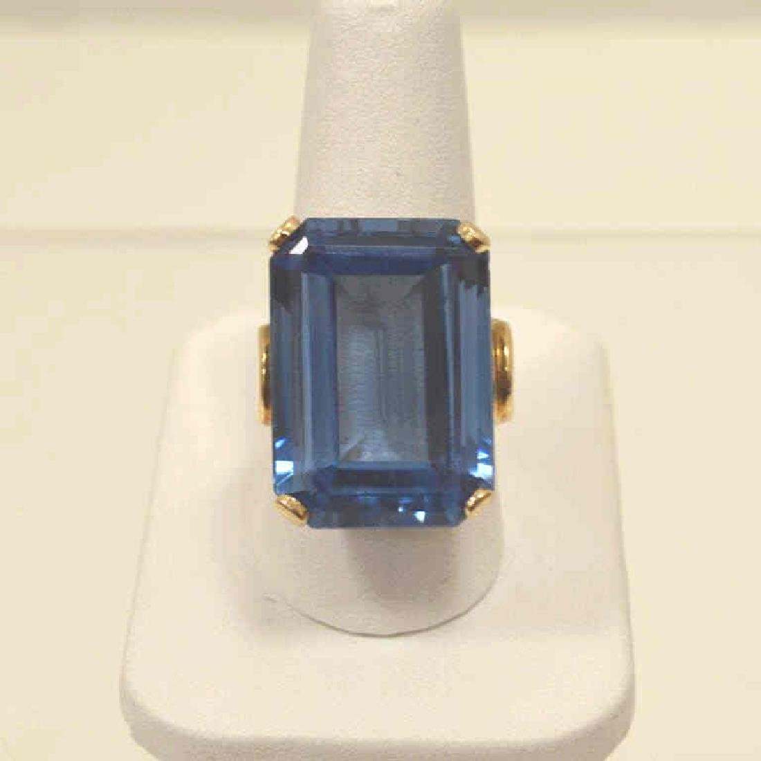 14kt yellow gold Syn. Blue Spinel ring