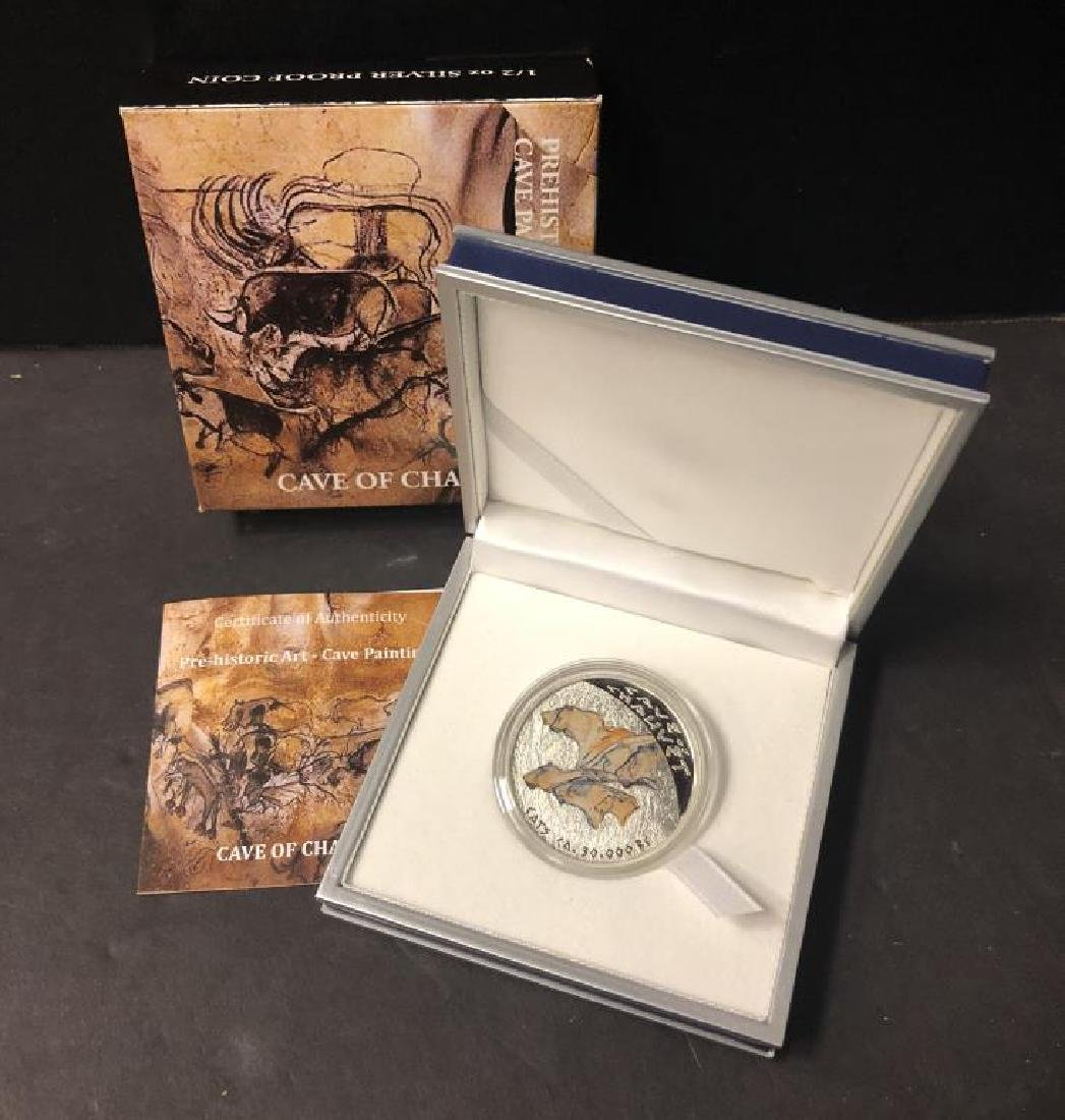 2011 $1 Silver Cave of Chauvet 1/2 oz Silver NIUE