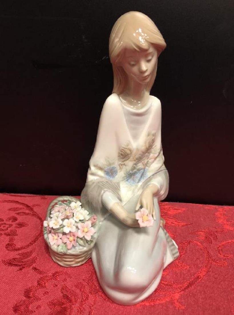 Lot of 5 Lladro & NAO Porcelain Figurines - 4
