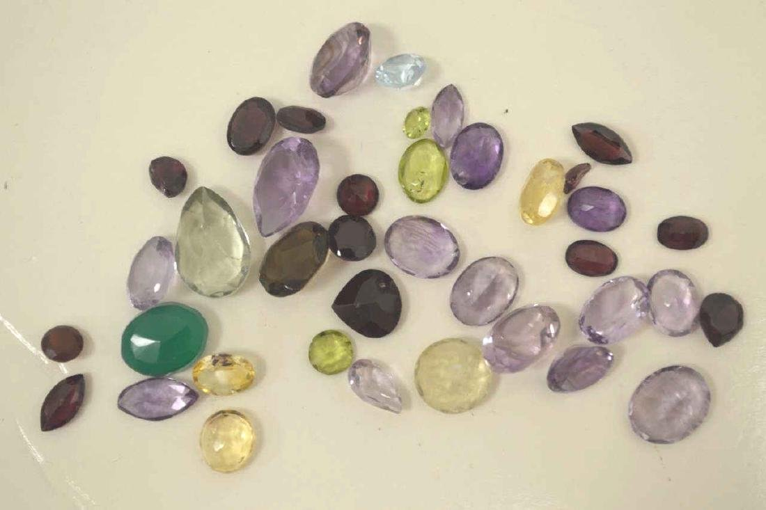 Large lot of mixed loose stones - 2