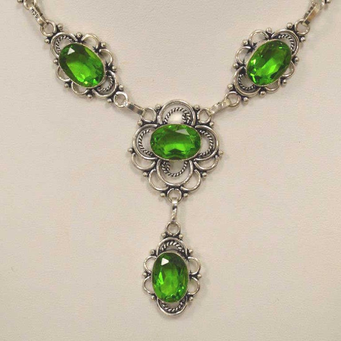 Electric green quartz necklace - 2
