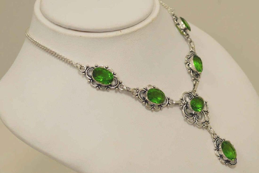 Electric green quartz necklace - 3
