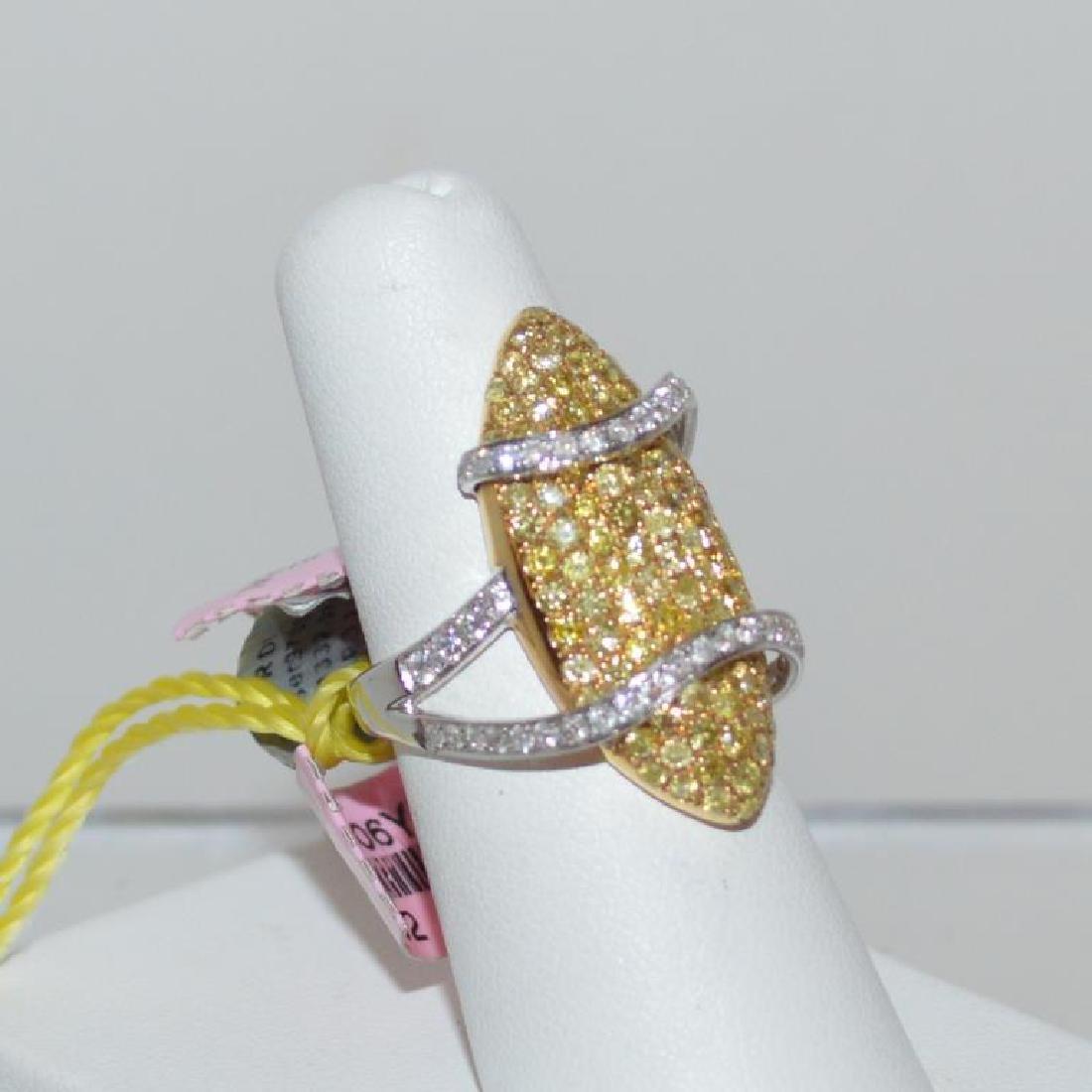 18kt fancy yellow diamond ring - 2