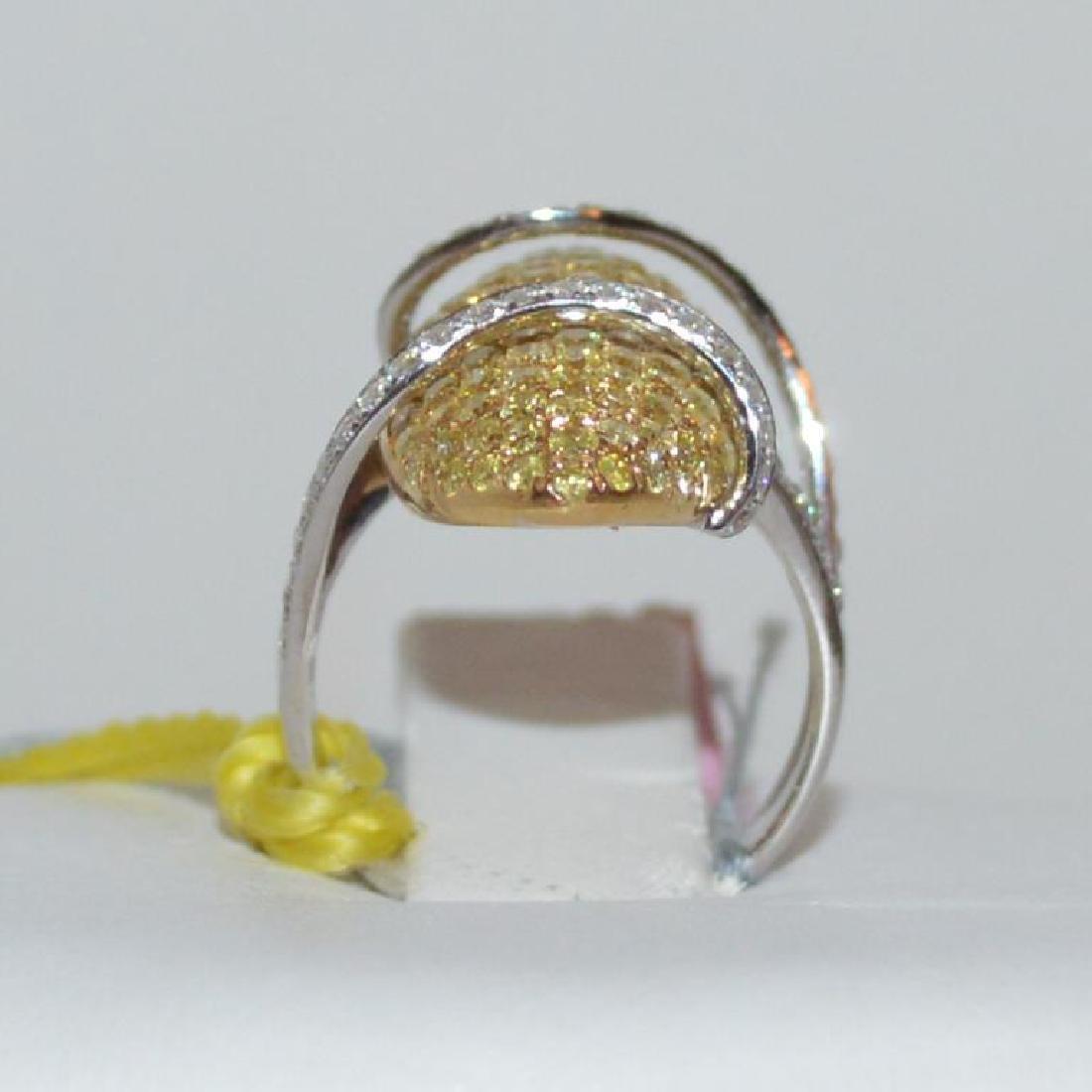 18kt fancy yellow diamond ring - 3