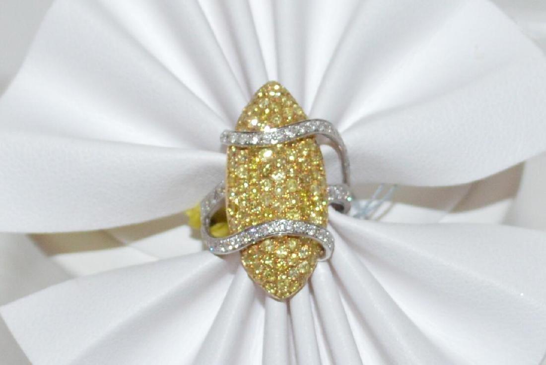 18kt fancy yellow diamond ring - 5