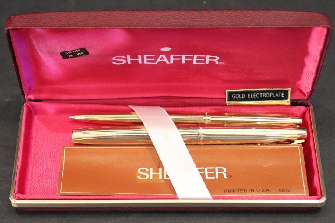 Vintage Sheaffer 585 Fountain & Ballpoint Pen Set