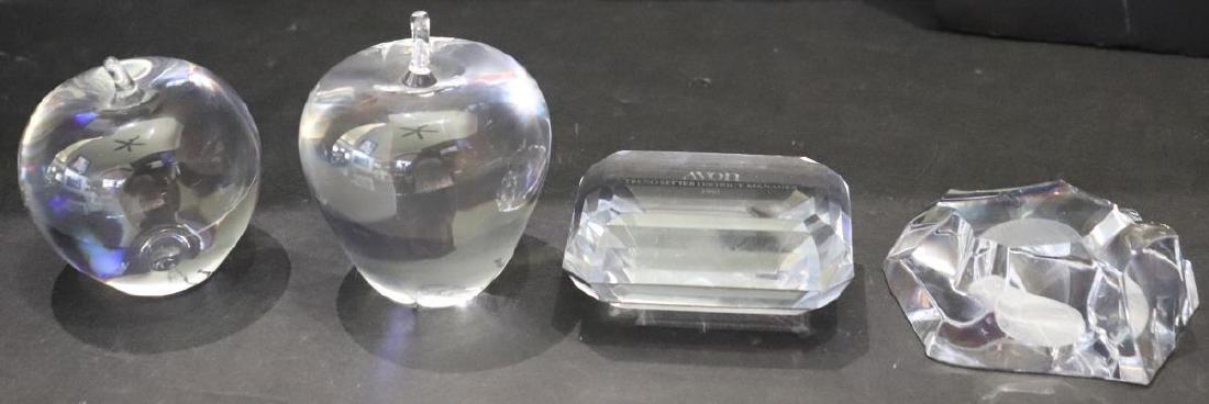 4 Glass Paperweights: Tiffany, Steuben, Avon &MVS1
