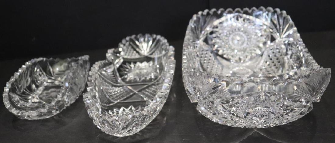 3 Various Sized Crystal Glass Glass Serving Bowls