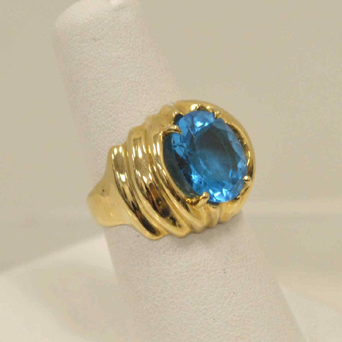 14kt yellow gold blue topaz ring - 2