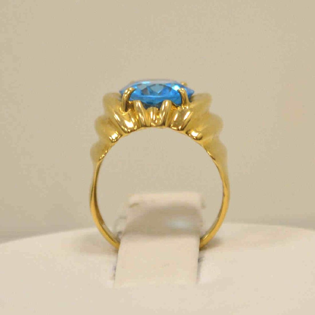 14kt yellow gold blue topaz ring - 3