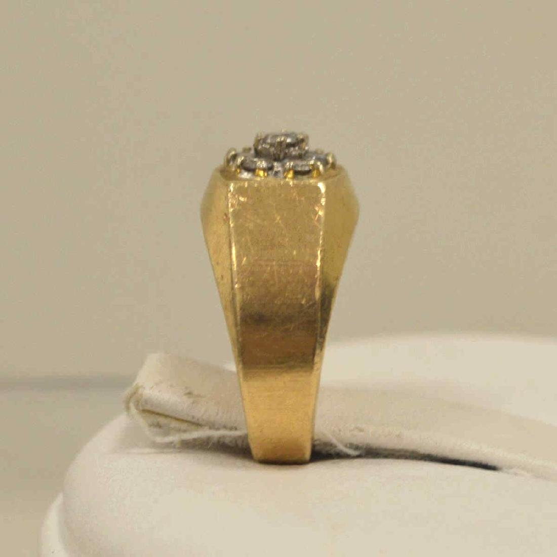 14kt yellow gold diamond cluster ring - 4