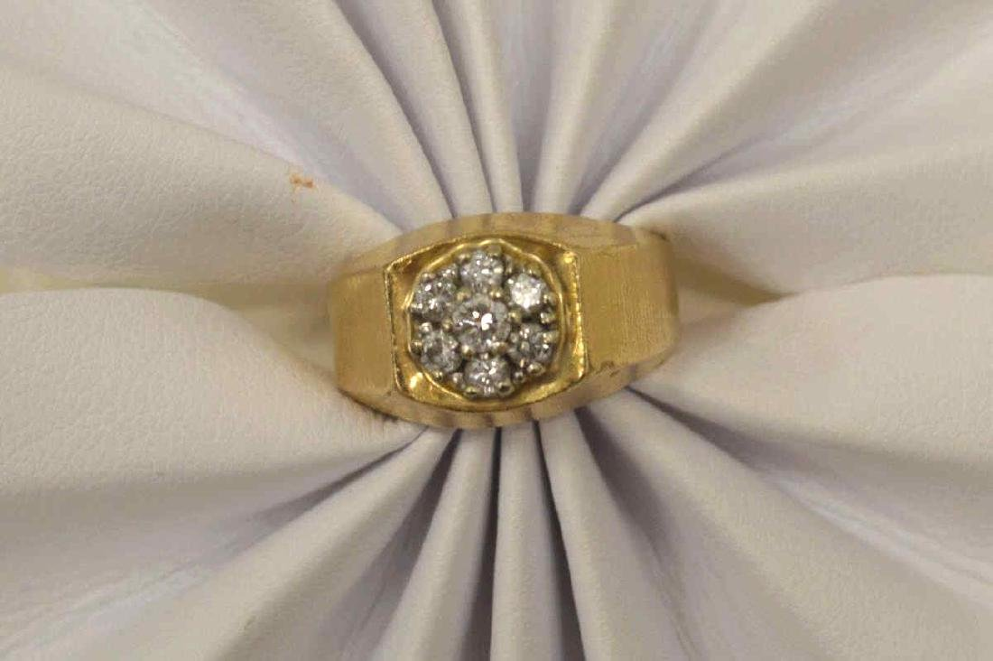 14kt yellow gold diamond cluster ring - 5